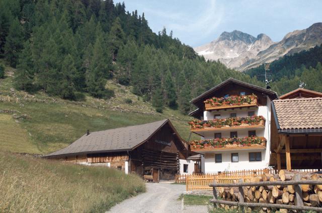 Haus Alpenfriede im Sommer